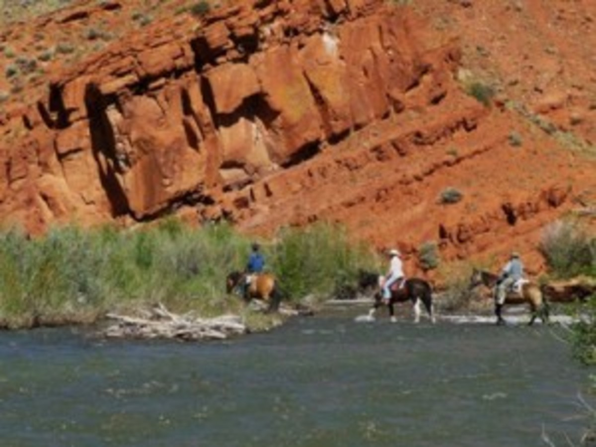 Top50Ranches.com offers detailed profiles on ranches perfect for avid trail riders. Shown is the Lazy L&B Ranch in Dubois, Wyoming.